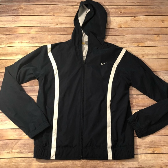 Long Sleeve Nike Windbreaker Shirt Medium Men's Clothing Clothing, Shoes & Accessories
